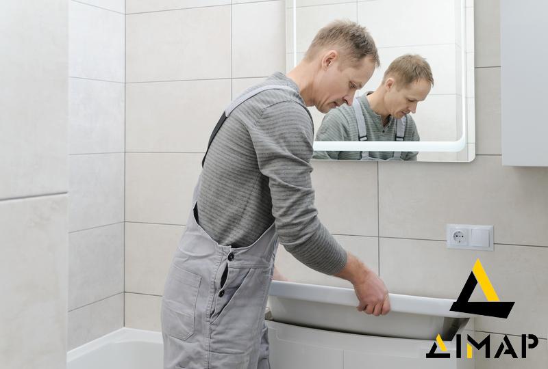 монтаж сантехніки у ванній Дімар